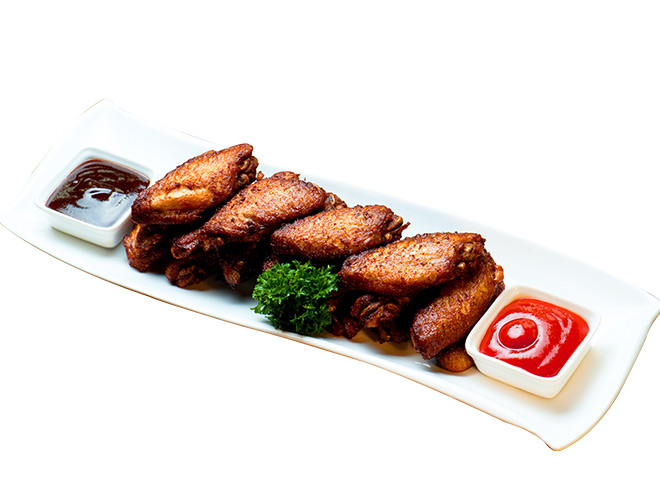 <b>Buffalo Wings</b><br/>a platter of crispy wings served with crunchy carrots and celery sticks, homemade bbq sauce & sour cream