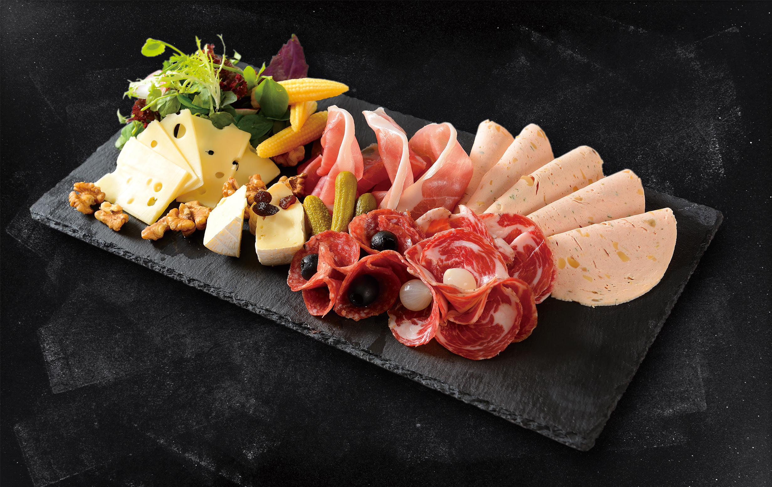 <b>Cold Cuts with Cheese</b><br/>A selection of four kinds of cold Cut Meats, Grilled