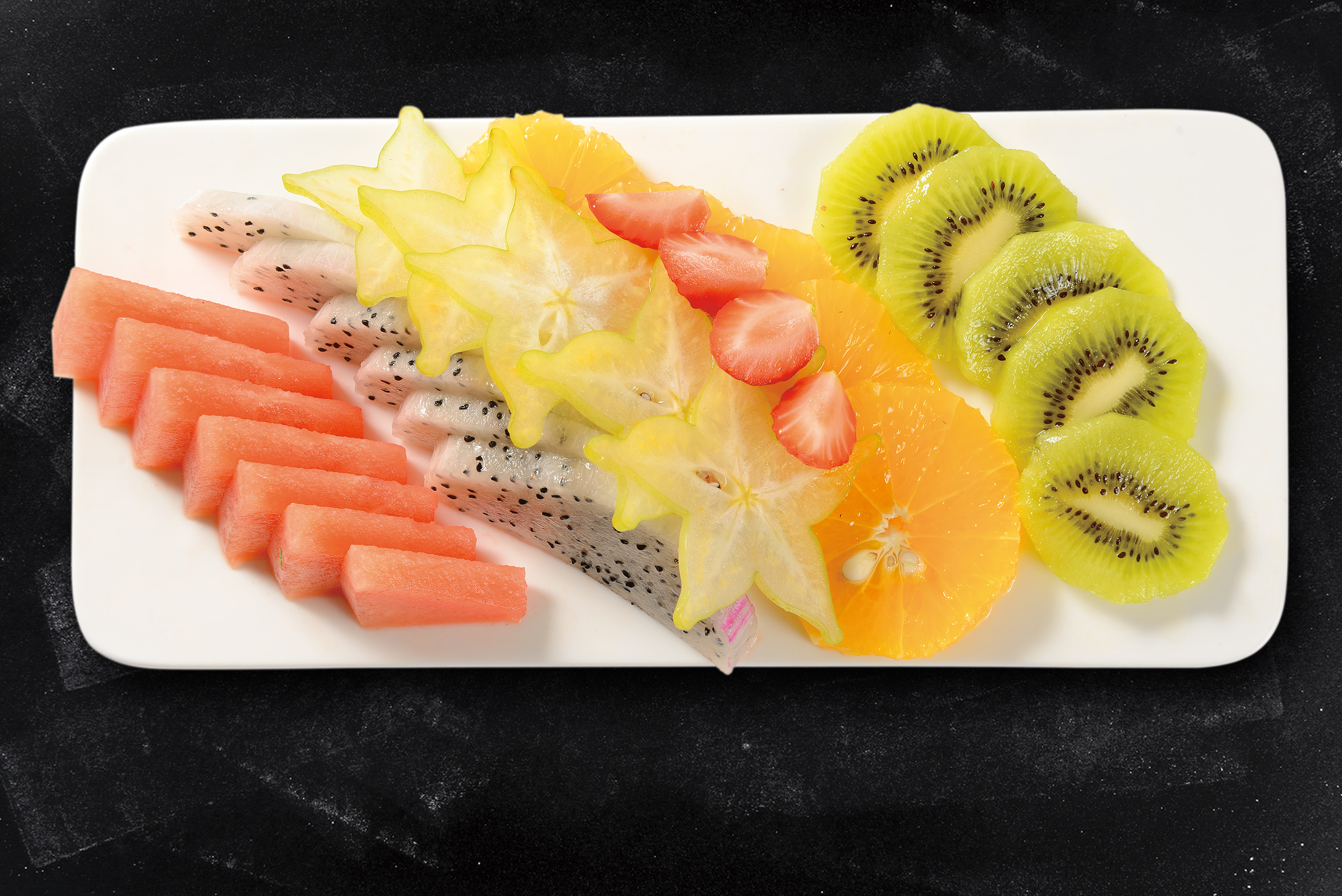 <b>Fruit Plate</b><br/>Assorted Fresh Seasonal Fruits, Using the best local &