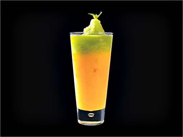 <b>Mango & Lime Smoothie</b><br/>Mango Pureed, Mango Syrup, Lime Wedges, Passion Fruit Syrup, Mint Leaves